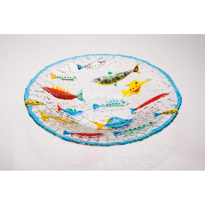 larg plate with multicolor fish